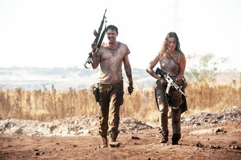 Bo (Lee Pace) and Nadia (Bérénice Marlohe) get ready to fight in Revolt.