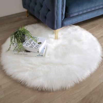Ashler Faux Fur White Round Area Rug