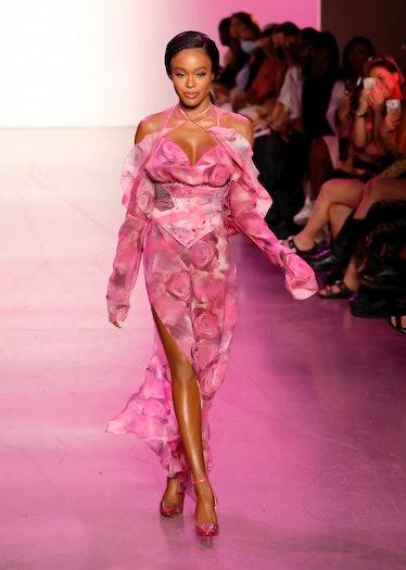 Azealia Banks walking Kim Shui spring 2022