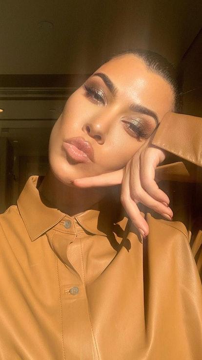 Kourtney Kardashian lips selfie