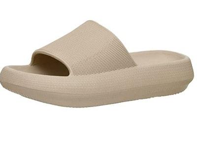 Cushionaire Feather Cloud Slide Sandal