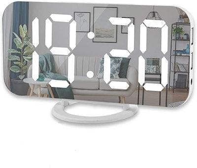 Sukeen Digital Alarm Clock with USB