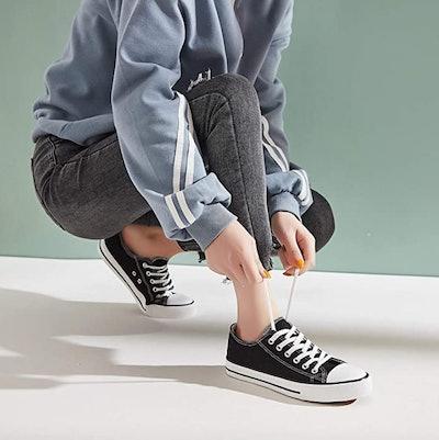 hash bubbie Canvas Sneaker