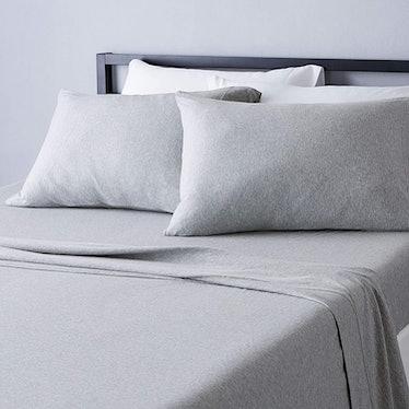 Amazon Basics Cotton Jersey Bed Sheet Set