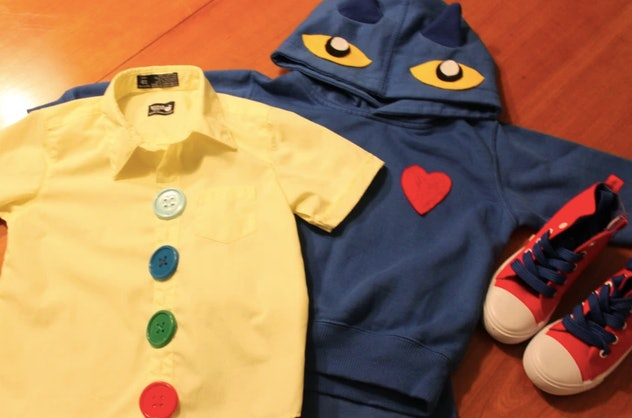 Pete the Cat DIY costume with shirt, hoodie, and shoes.