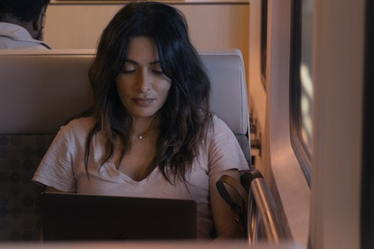 SARAH SHAHI as BILLIE CONNELLY in SEX/LIFE
