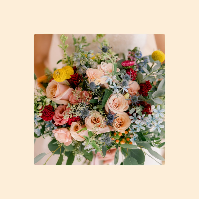 Wedding flowers can take center stage on your wedding day.