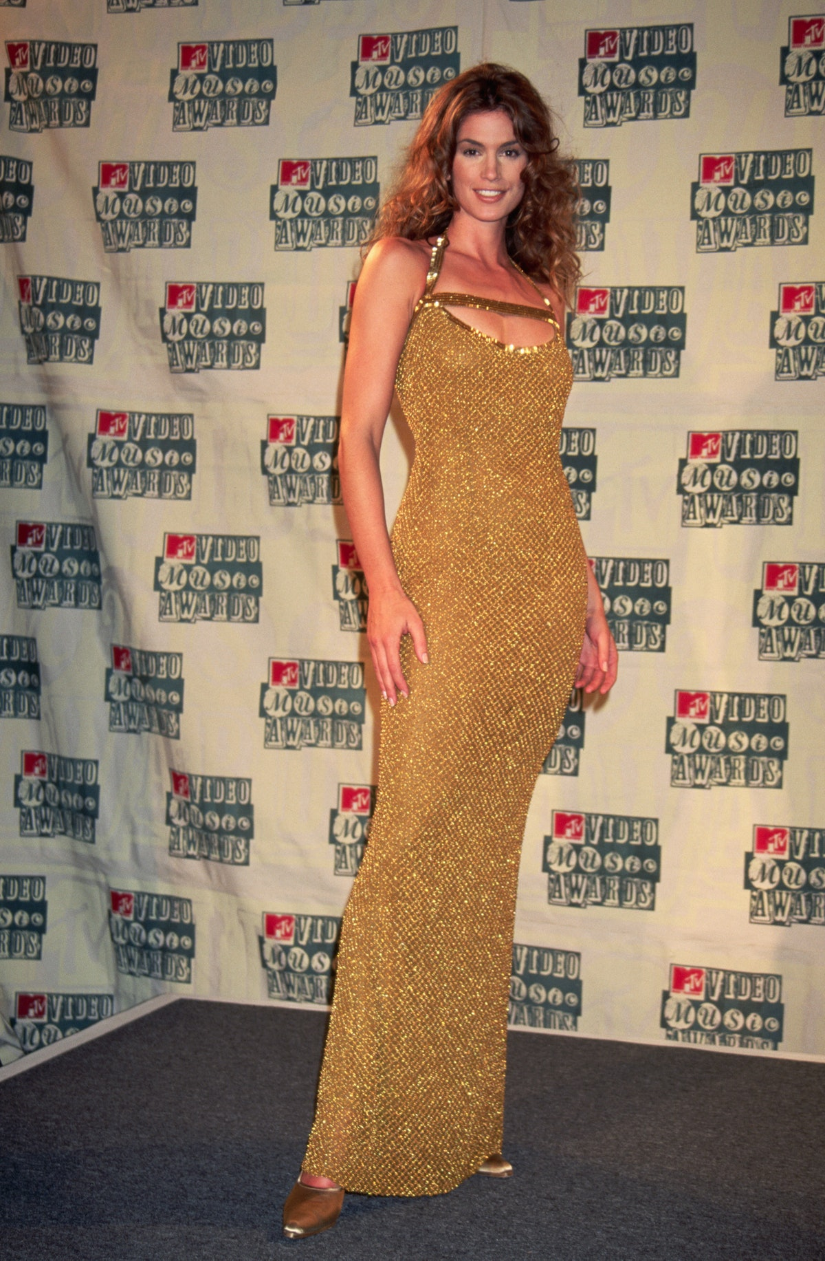 Model Cindy Crawford attends the MTV Music Awards at Radio City Music Hall in New York City.
