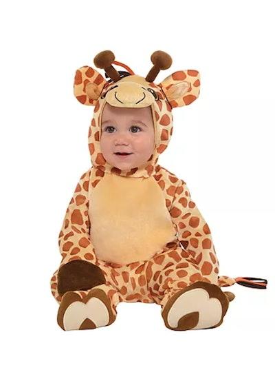Baby dressed as giraffe