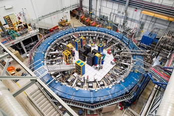 superconducting magnetic storage ring at fermilab designed to study muon magnetism