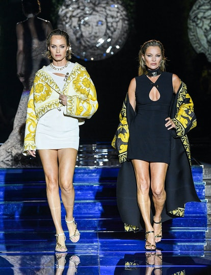 Amber Valletta and Kate Moss walking Fendace