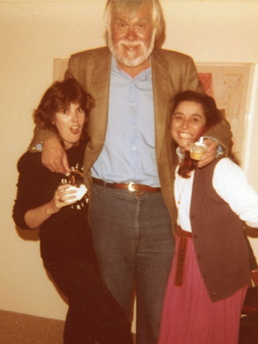 Quinn with John Baldessari and a friend, 1982.