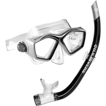 Quinn is often seen with snorkeling gear on 'The White Lotus.'