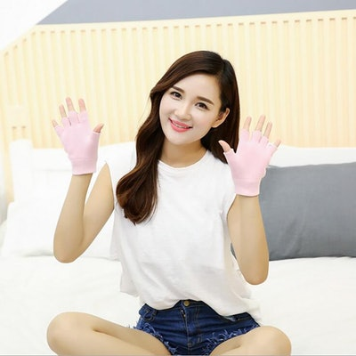 Makhry Moisturizing Spa Gloves