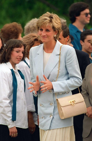 Diana Princess Of Wales In Argentina Visiting Gaiman, Patagonia.
