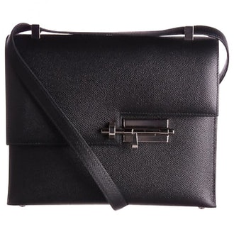 Black Verrou leather handbag from Hermès.