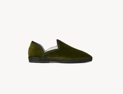 Side view of forest green velvet slip on loafer