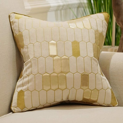 Avigers Plaid Embroidery Velvet Cushion Cover