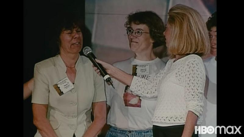 Gwen Shamblin Lara leading a testimonial portion of a Weigh Down convention.