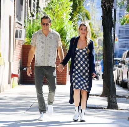 Blake Lively wearing white chelsea boots in New York City on September 27, 2021.