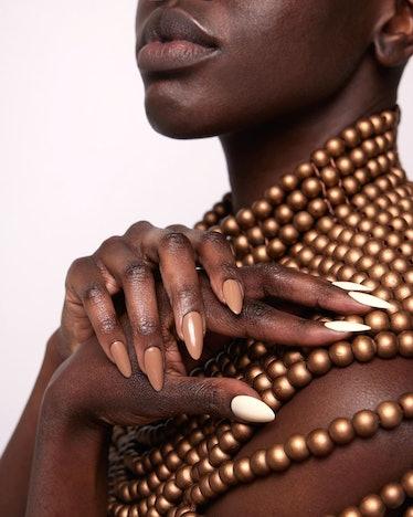 Pear Nova model showing nude shades
