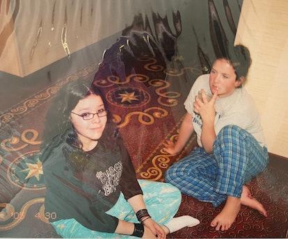 Best friends Sydney Gordon and Samantha Sanchez in 6th grade.