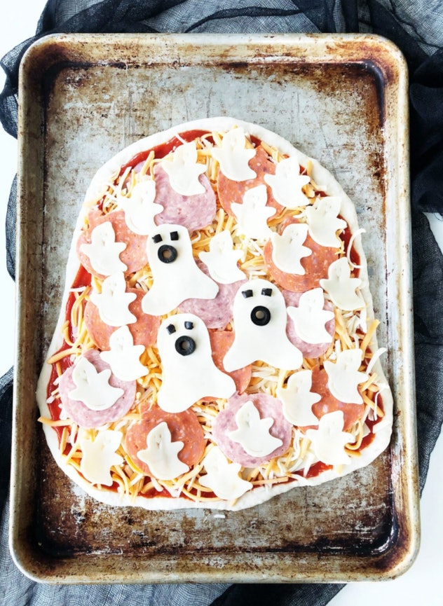 This Halloween ghost blob pizza is one Halloween pizza idea to make.