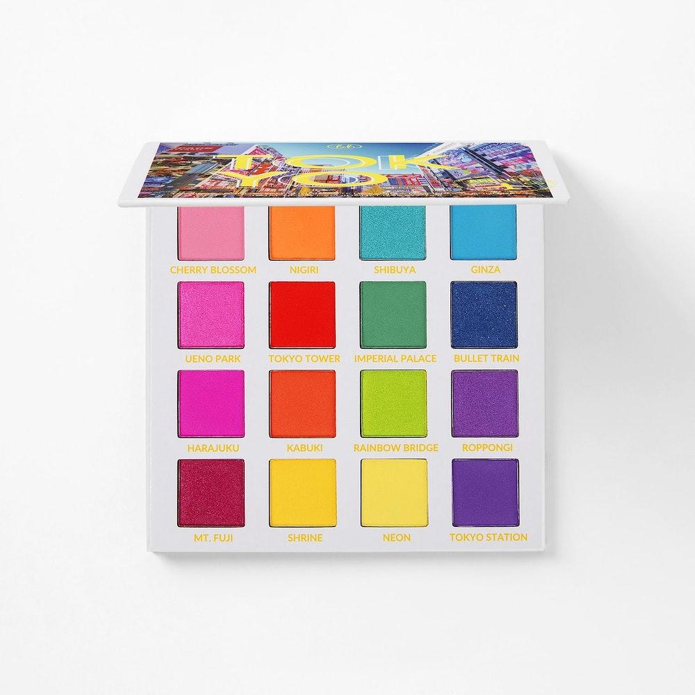 Trendy in Tokyo, 16 Color Shadow Palette