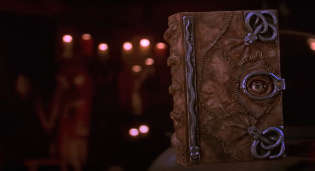 These 'Hocus Pocus' Zoom backgrounds are perfect for Halloween.
