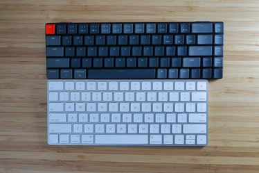 The Keychron K7 review: comparison with the Apple Magic keyboard