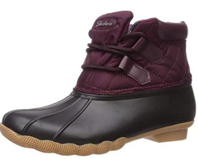 SkechersHampshire Ridge-Mid Quilted Lace Up Duck Boot