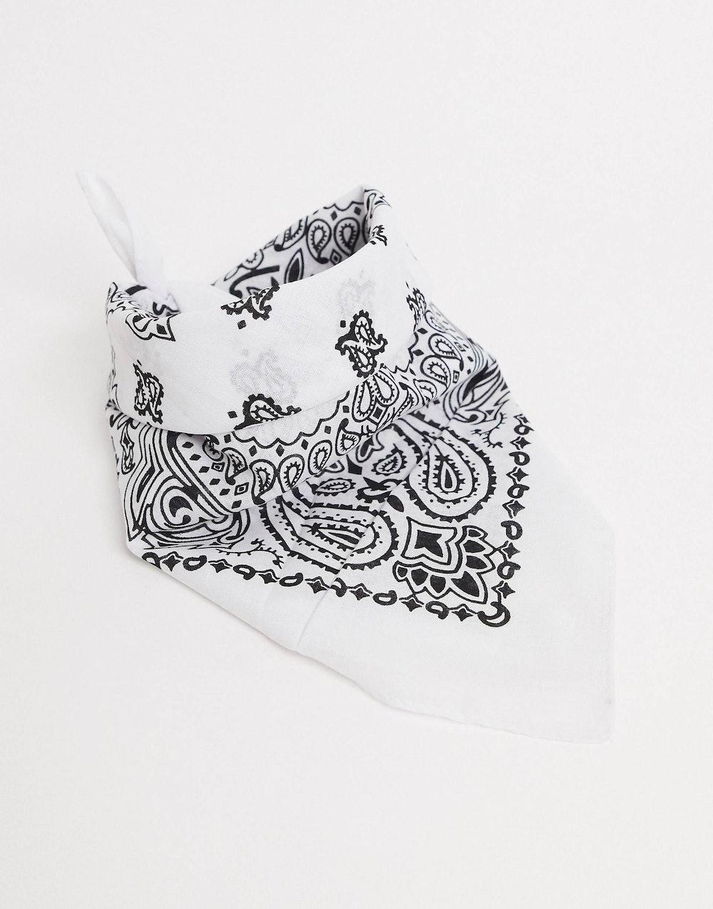bandana print square scarf in white