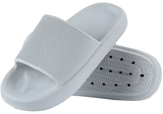 Menore Slippers