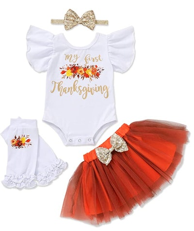girls first Thanksgiving outfit