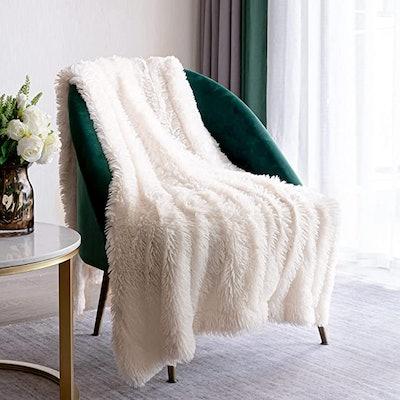 XYYZYZ Throw Blanket