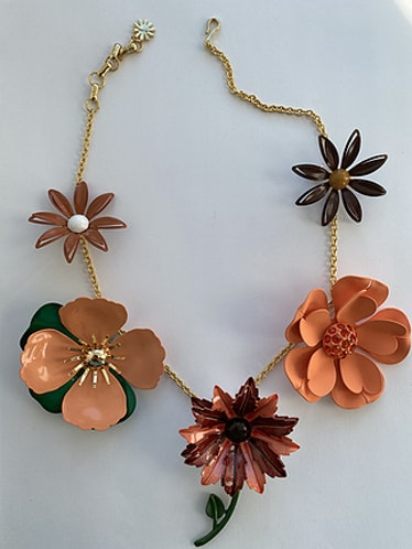 Flower Pin Set With Chain