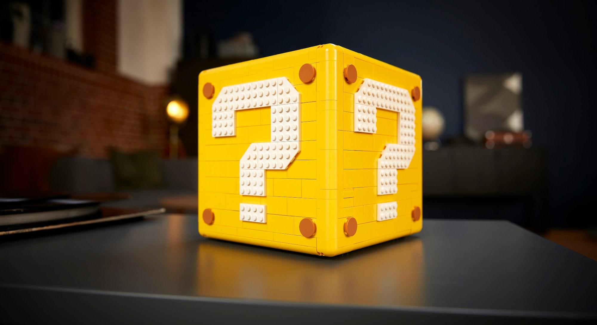 Super Mario 64 question block Lego set