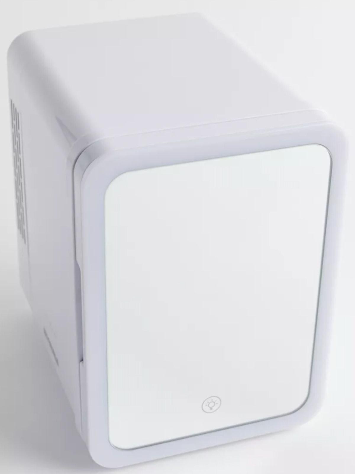 Revivify LED Mirror Beauty Fridge