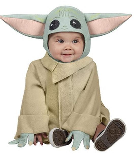 baby dressed in baby yoda halloween costume