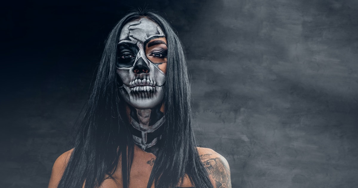 The Best YouTube Accounts To Follow For Halloween 2019 Makeup Tutorials