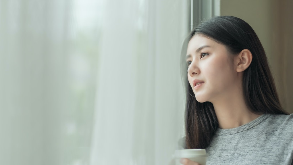 Exposing yourself to light in the morning can help you feel less groggy.