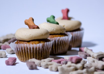 Dogs For Good offers a pupcake recipe for Dogtober fundraising.