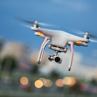 Drones can use echos to see a room around them
