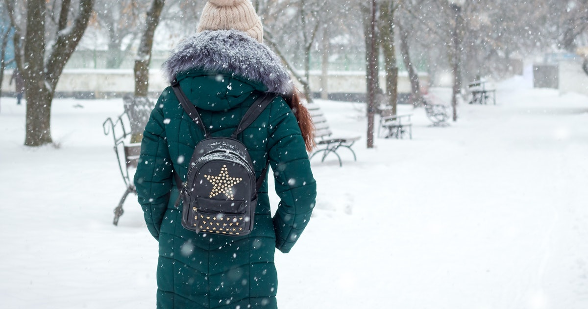 Why You Have More Anxiety Being Single During The Colder Months