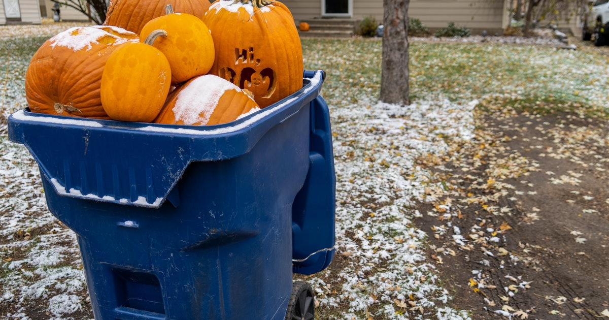 Scary hours: Halloween costumes are bad for the environment