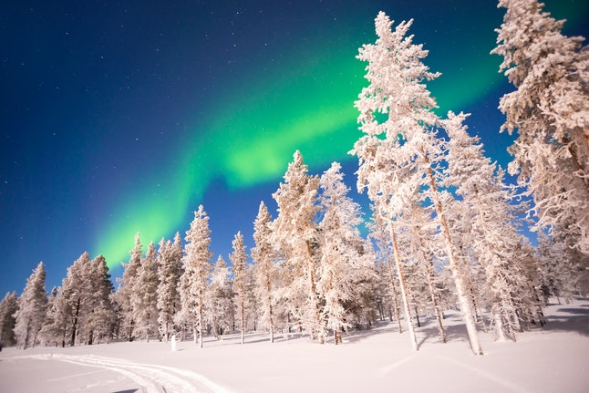Northern lights, Aurora Borealis, are just one thing to see in Lapland, Finland when choosing it as a getaway winter destination.