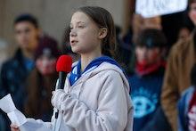 Greta Thunberg, r m. Swedish climate activist Greta Thunberg speaks to several thousand people at a ...