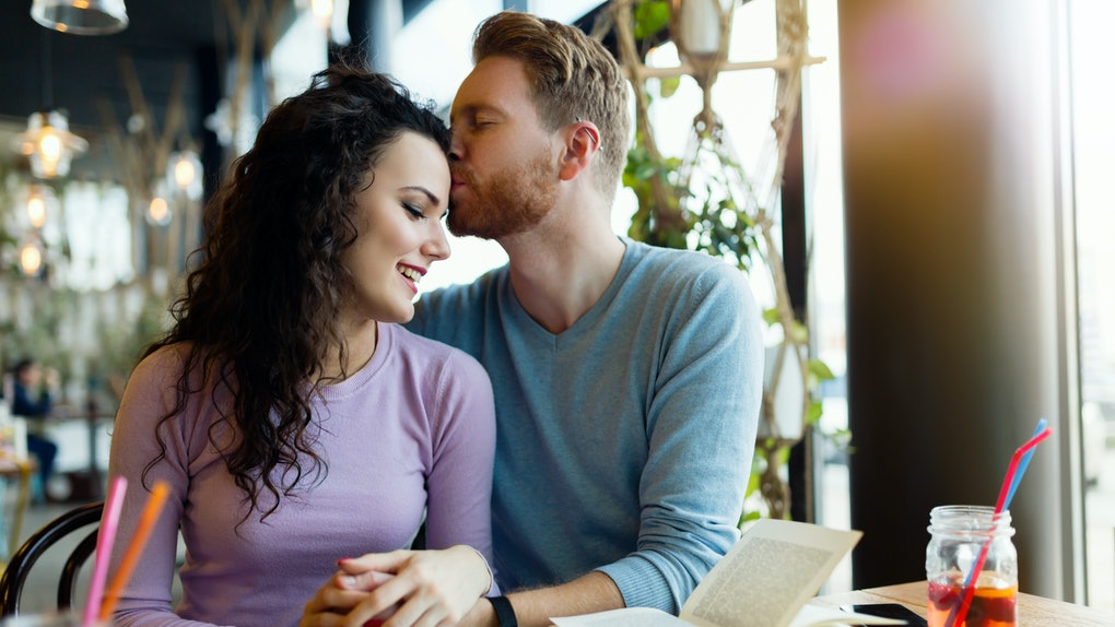 Wondering how to manifest a long-term relationship? Consider these expert-approved tactics.