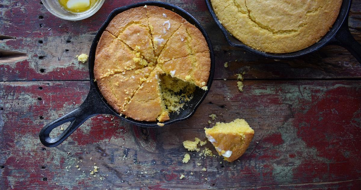 Chrissy Teigen's Cornbread Recipe Is The *Best* Thanksgiving Side