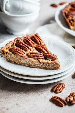 Crock-pot Pecan Pie for thanksgiving dinner